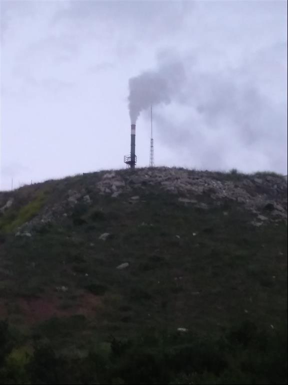 2020/05/kimya-fabrikasindan-cikan-duman-tedirgin-ediyor-20200519AW02-1.jpg