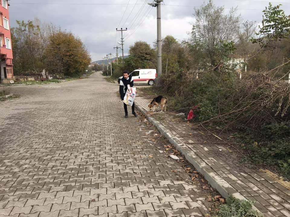 2021/01/kazancinin-yarisini-sokak-hayvanlari-icin-harciyor-20210117AW21-1.jpg