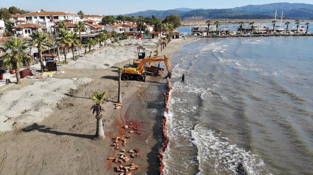 2021/02/sahil-kumlari-gitmesin-diye-set-kurdular-20210215AW24-3.jpg