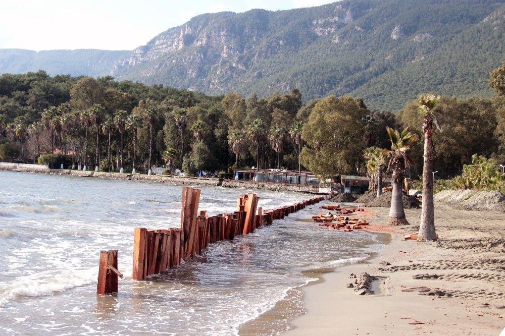 2021/02/sahil-kumlari-gitmesin-diye-set-kurdular-20210215AW24-5.jpg