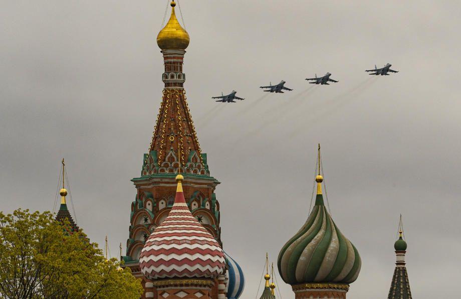 2021/05/rusya-zafer-gununu-kutladi-20210509AW31-2.jpg