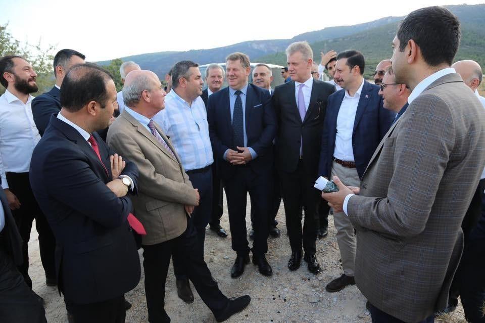 2021/09/izmir-mobilya-organize-sanayi-bolgesi-katma-degerli-ihracatin-onunu-acacak-20210924AW42-2.jpg