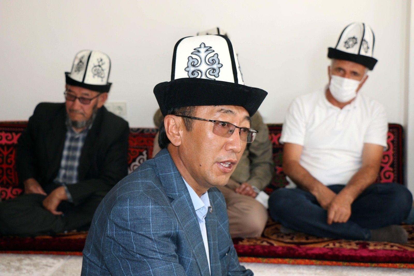 2021/09/kirgizlar-turkiyede-olmaktan-mutlu-20210919AW42-4.jpg