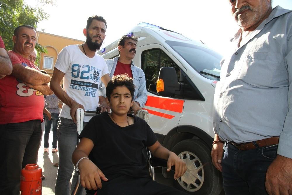 Havan topu saldırısında bacağından yaralanan çocuk İHA'ya dehşet anlarını anlattı