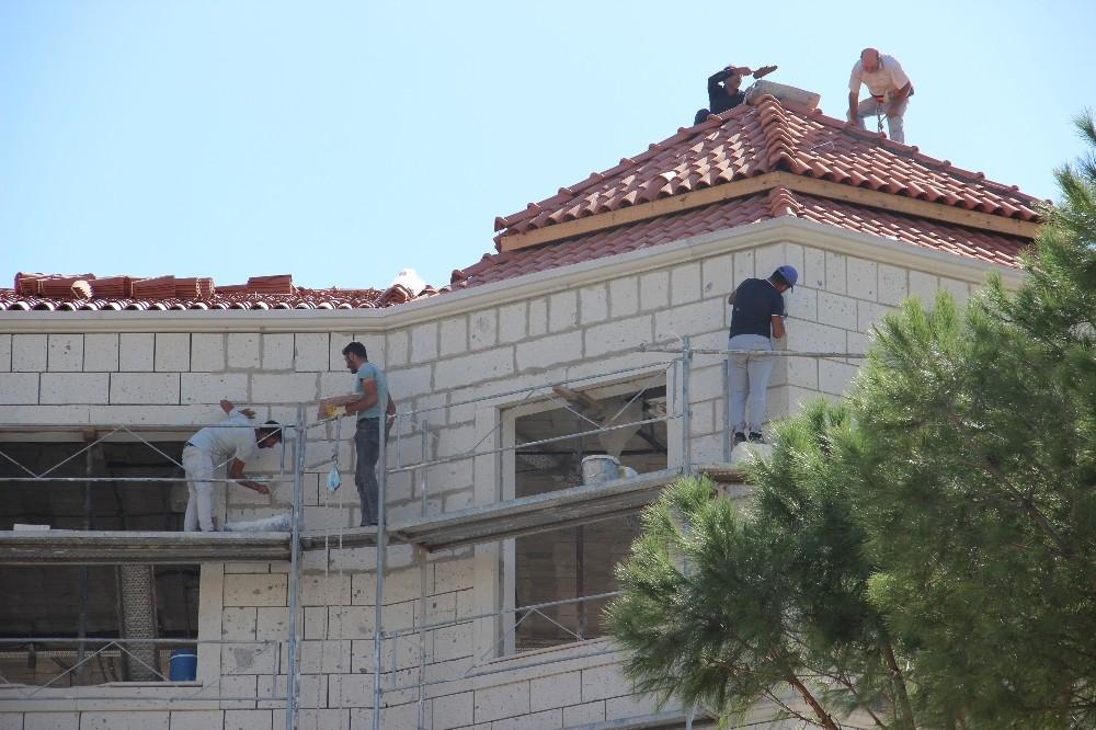 Merhum Başvekil Adnan Menderes için yapılan müzede sona yaklaşıldı