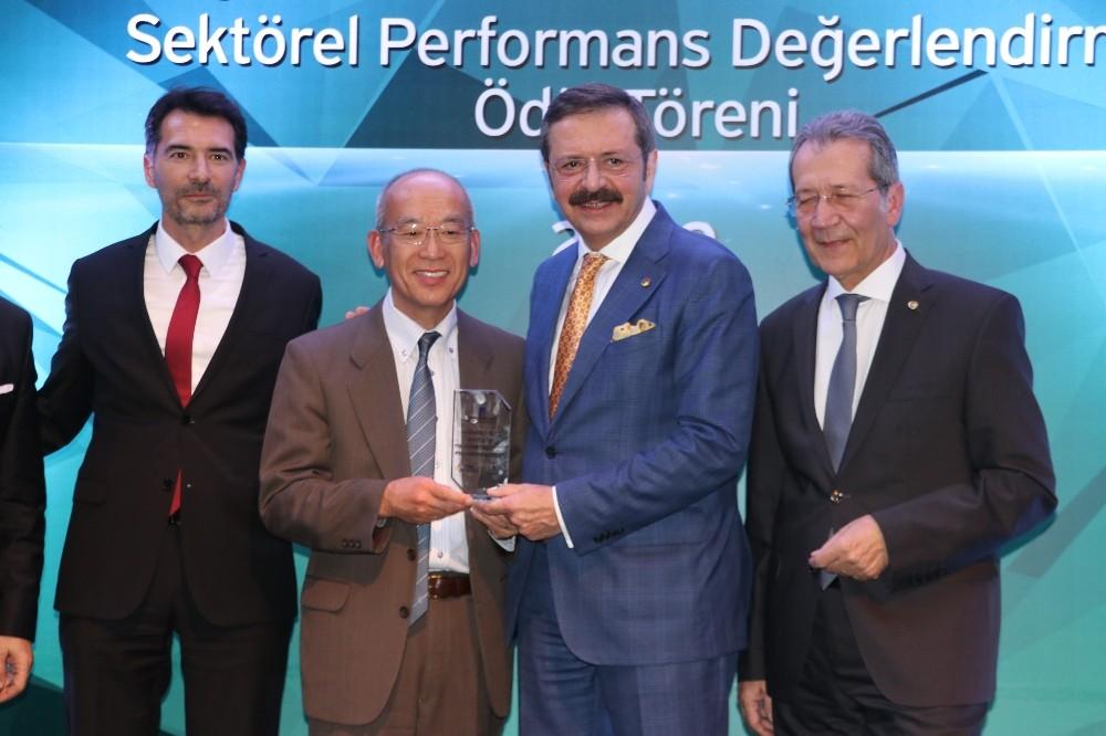 Rifat Hisarcıklıoğlu'dan merkezlerini İstanbul'a taşıyan firmalara eleştiri: