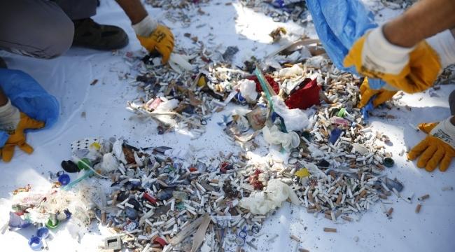 Konyaaltı sahili izmarit çöplüğüne döndü