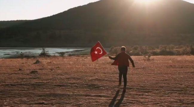 Metin Şentürk'lü 29 Ekim klibine beğeni yağıyor