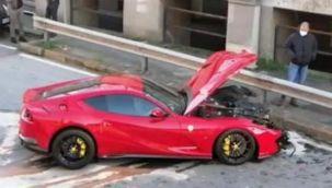 Arabasını oto yıkamacıya bırakan futbolcuya şok!