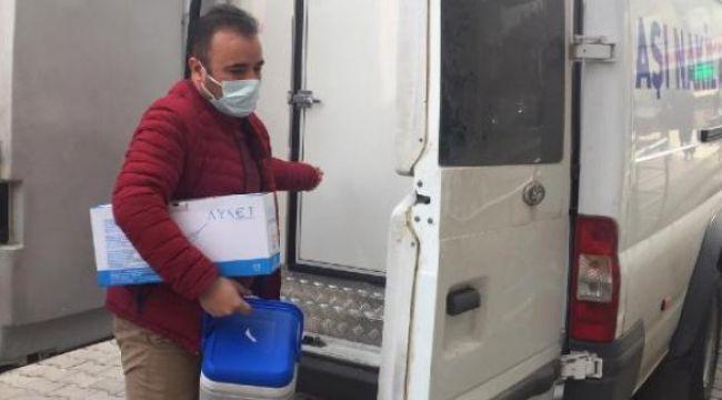 Aşılar İzmir'e geldi
