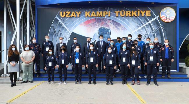 AFAD gönüllüsü gençler uzayda