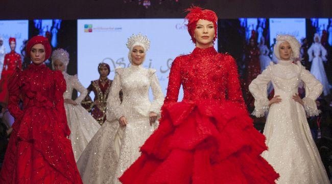 '5'inci Gelin Damat Fashion' defilesi pandemi tedbirleriyle gerçekleşti