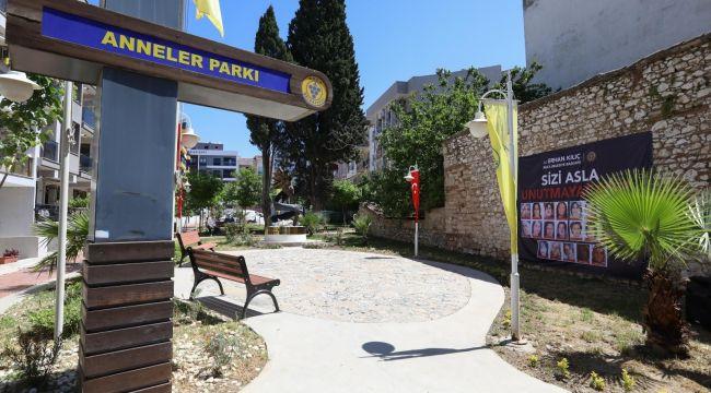 Kazada yaşamını yitiren anneler İzmir'de anıldı