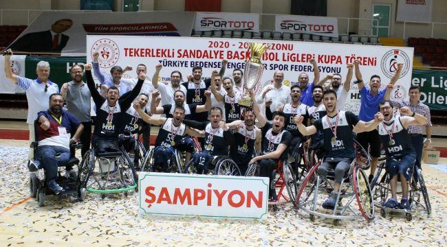 İzmir Büyükşehir'in sporcu sayısı bin 100'e ulaştı