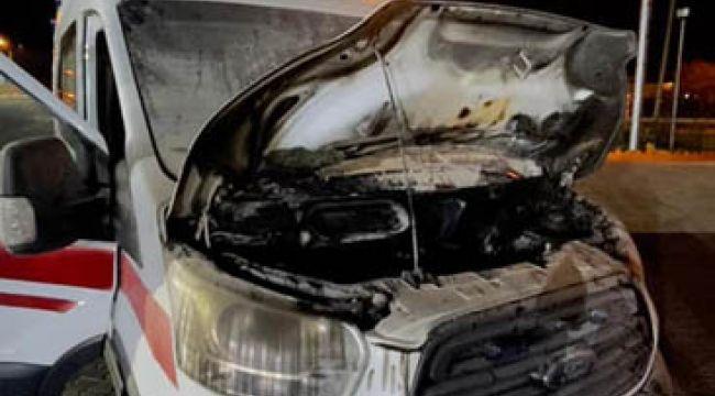 Yangına desteğe giden 112 ambulansı alev aldı
