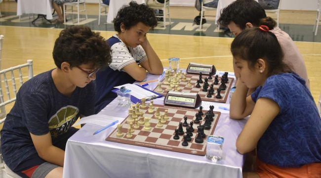 Aliağa'da satranç kurs kayıtları başlıyor