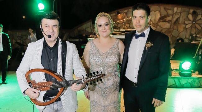 Altınovalı Yeşilkaya çiftinden Coşkun Sabah'lı sünnet düğünü