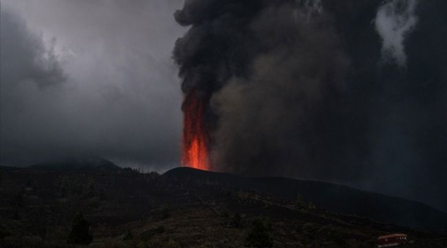 La Palma Adası'na 6 gündür kül yağıyor