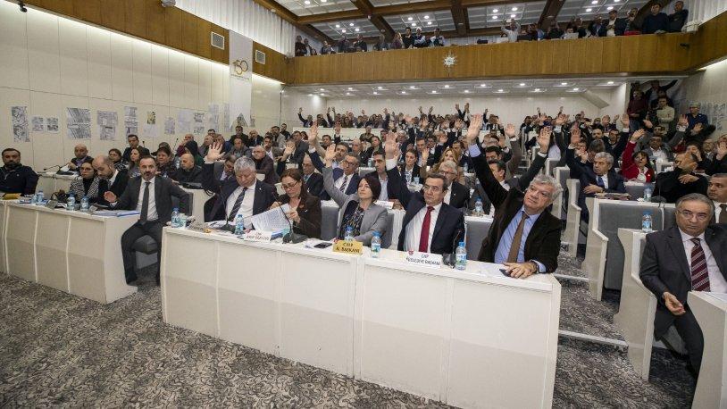 İzmir Büyükşehir Belediye Meclisi'nden 'cemevleri' kararı