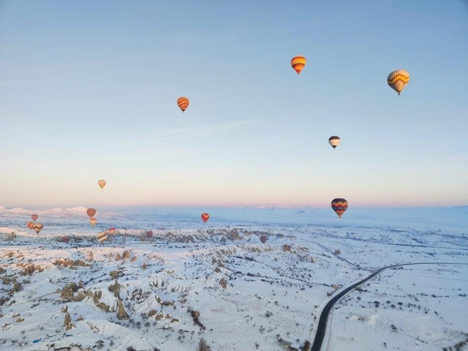 Kapadokya'da balonlar 11 gün aradan sonra yeniden havalandı