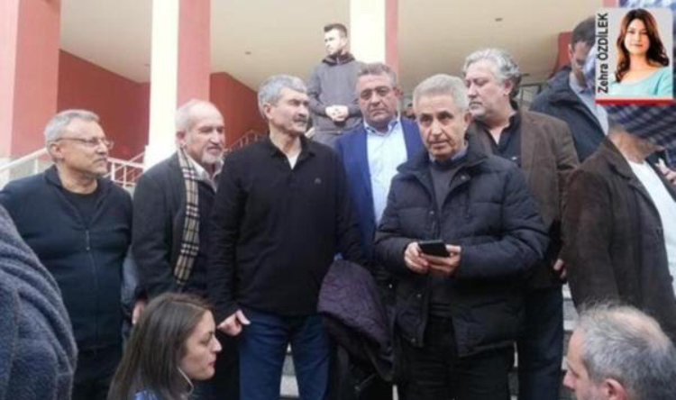 Cumhuriyet Gazetesi eski çalışanlarının cezası belli olan ekip teslim oldu