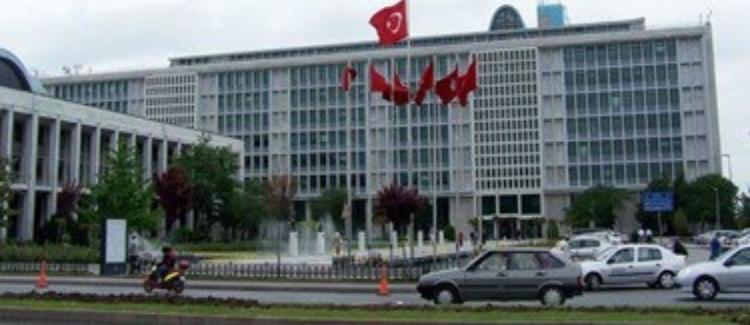 İBB, mahkeme kararında belirtilen hususların yerine getirilmesi için veri kopyalamayı durdurdu.