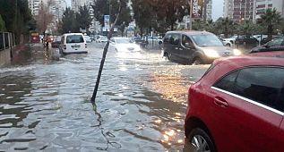 İzmir'de 'dere' caddesi