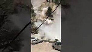 Turistlerin üzerine koca koca kayalar yağdı: 9 ölü, 3 yaralı